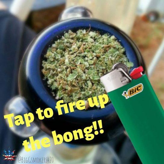 I'd 'TAP' that.👆📲 💥Follow @biggsmokers420 for more awesome stuff!!😎🤘🔥 via @biggsmokers420#420Problems, #420funnies, #420memes, #marijuanafunnies