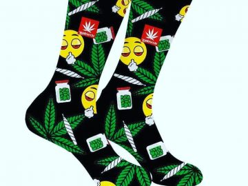 Get ur Stoner socks 🔥💨 👉 Dabitout.com 👈 link in bio 🔥 via @dabitout_420#420Problems, #420funnies, #420memes, #marijuanafunnies, #420life, #cannabiscommunity, #ganja, #highlife, #maryjane #seshlife, #smokeweed, #smokeweedeveryday, #stonernation, #weeddaily, #weedlife, #weedmeme, #weedmemes, #weedporn, #weedstagram, 420