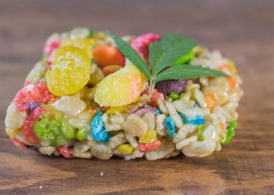 Favourite edible?? • • • • • #Weed #weedmeme #cannabis #420 #oils #bong #marijuana…