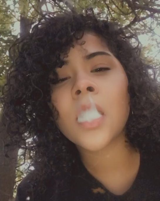 French inhales are always aesthetically pleasing for me to watch, not sure why 🤷️…