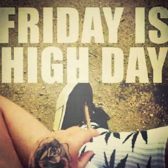 FRIDAY HIGHDAY! How are you spending your first day of the weekend?? Make sure…