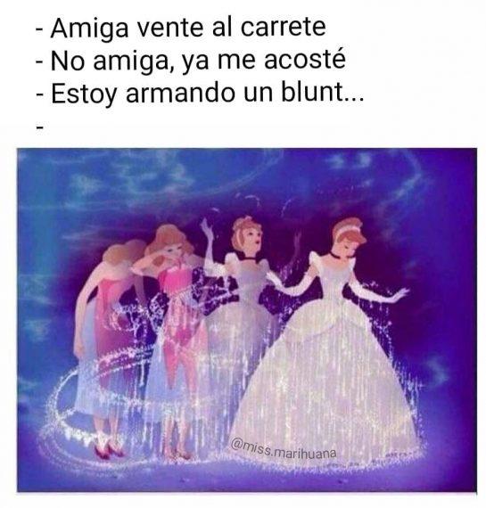 De los primeros que hice . . . . #missmarihuana #weedgirls420 #weedgirls #humo #smoke…