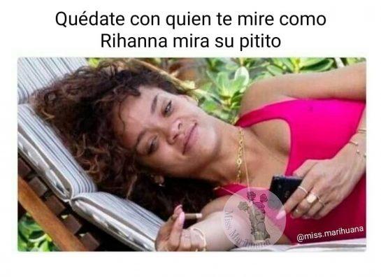 Con tanto amor y deseo . . . . #missmarihuana #weedgirls420 #weedgirls #humo #smoke…