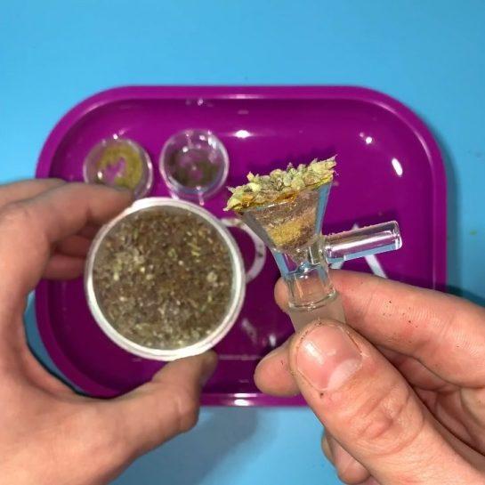 My kind of bowl Would you smoke this?? @highlyyelevated – @jweeds_420 #purpleweed #kief #purps…